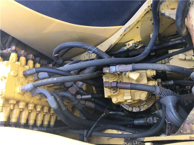 二手小松60-7挖掘机市场转让液压泵