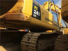 二手小松PC240-8挖掘机