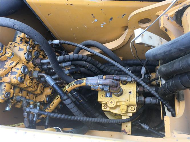 三一SY75国产小型挖掘机转让分配器