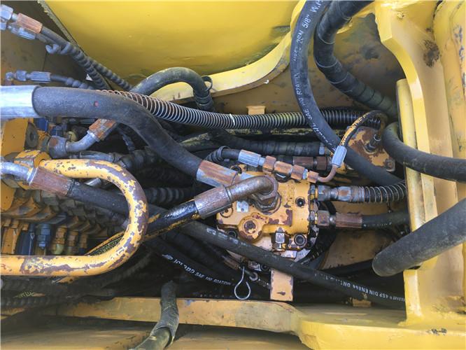 私人三一75C国产小挖掘机转让分配器