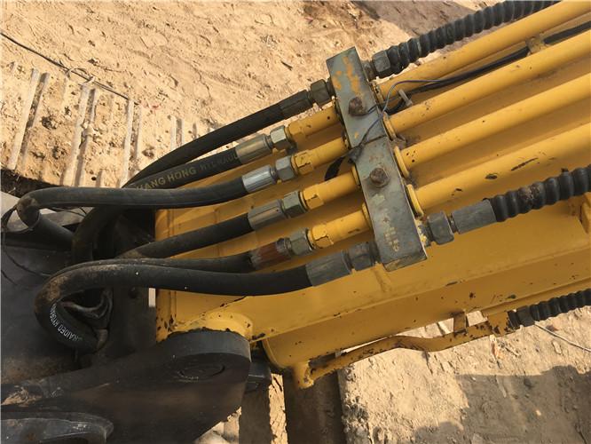 玉柴YC50-8國產二手挖掘機油管