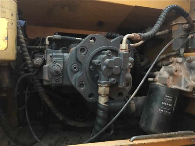 三一215C二手挖掘机市场转让信息液压泵