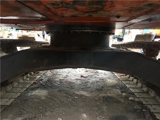 个人转让二手日立zx70挖掘机底盘