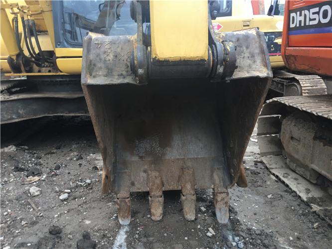 二手小松120-8挖掘机市场出售挖斗