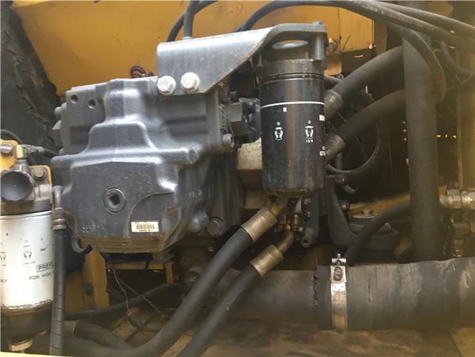 小松PC220-8个人二手挖机出售液压泵