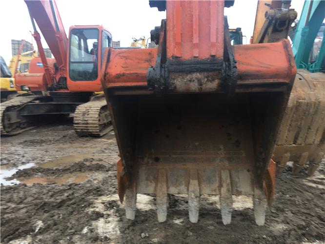 斗山225-9挖掘機二手市場轉讓挖斗