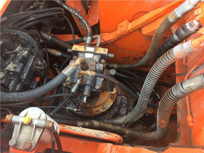斗山225-9挖掘機二手市場轉讓分配器
