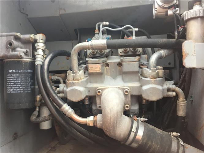 私人日立ZX230二手挖掘机转让液压泵