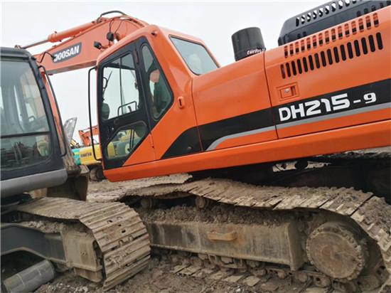 私人斗山DH215-9二手挖掘机转让图片