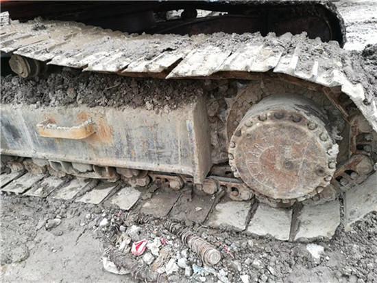 私人斗山DH215-9二手挖掘机转让履带