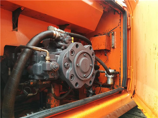 私人斗山DH215-9二手挖掘機轉讓液壓泵