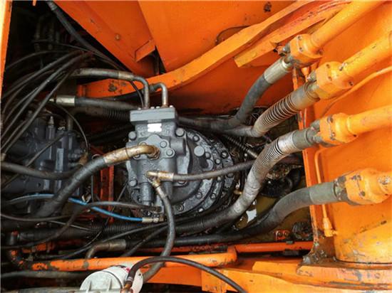 私人斗山DH215-9二手挖掘机转让分配器