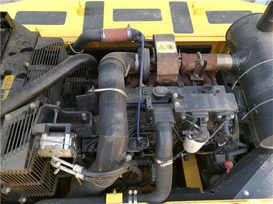 进口小松PC350-7二手挖掘机转让发动机