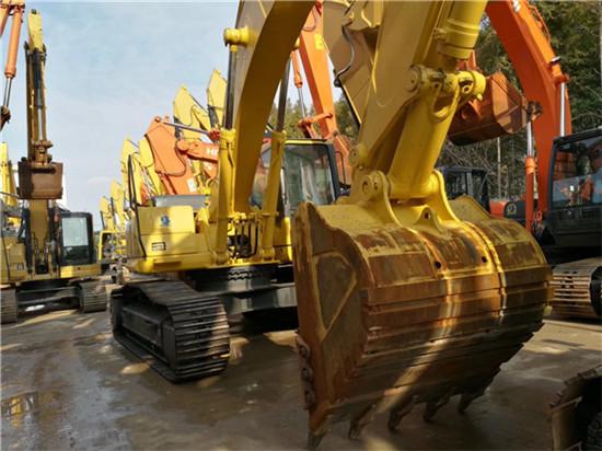 进口小松PC350-7二手挖掘机转让挖斗