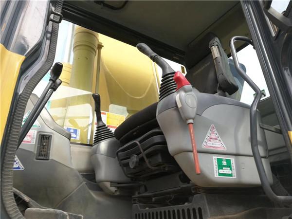 私人二手挖机小松PC270-7转让驾驶室