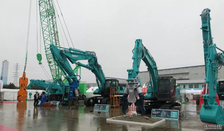 日本神钢挖掘机展会最新挖机发布 行业动态 第9张