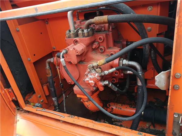 斗山370-9二手挖掘机转让信息液压泵