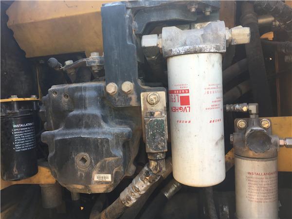 二手小松PC200-8MO挖掘机转让信息液压泵