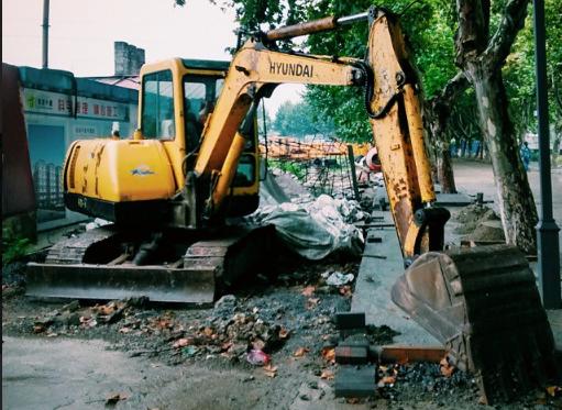 现代挖掘机