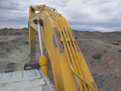 这是挖掘机大臂