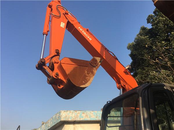 日立ZX70進口二手挖掘機出售挖斗