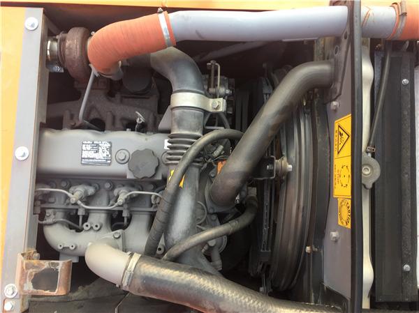 日立ZX120進口二手挖掘機出售發動機