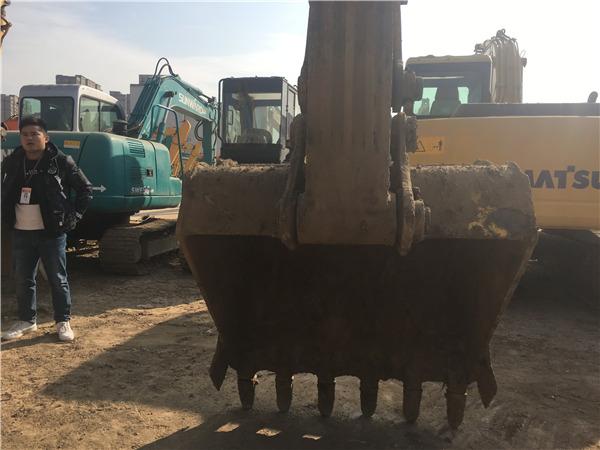 小松PC220-7二手挖掘机出售信息挖斗