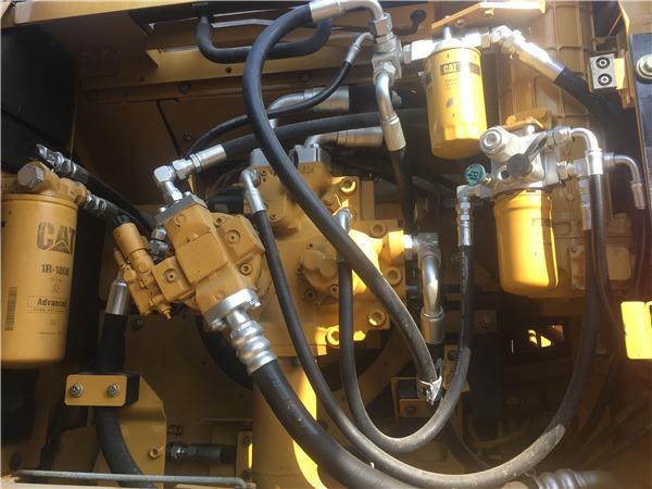 进口卡特336D二手挖掘机出售信息分配器