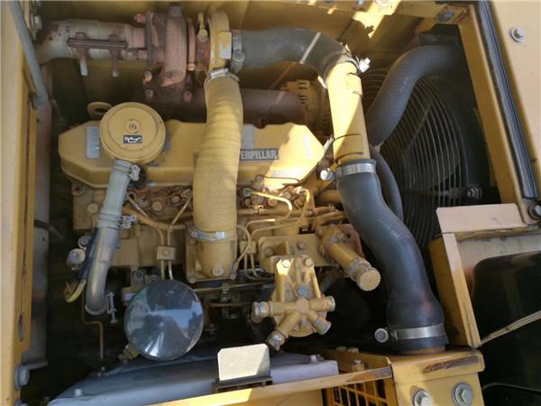 进口卡特313C无尾二手挖掘机出售发动机