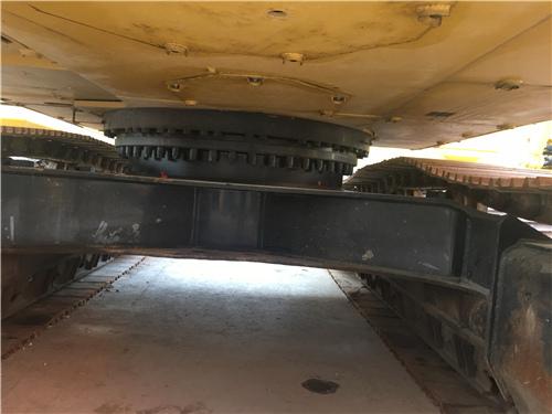 进口卡特336D二手挖掘机市场转让底盘
