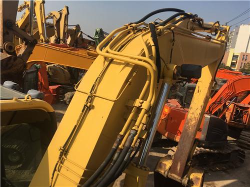 進口二手小松138US挖掘機大臂