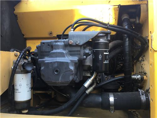 原版小松PC240-8中型二手挖掘机液压泵