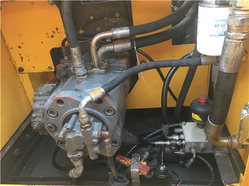 沃爾沃EC240BLC中型二手挖掘機液壓泵