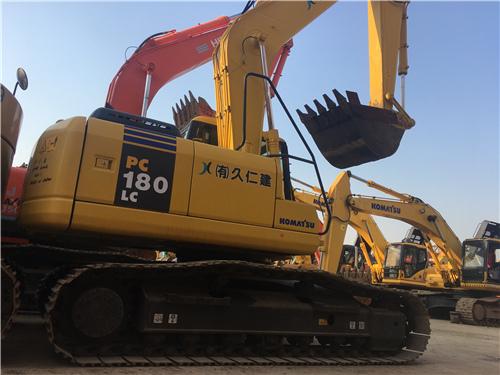 報關小松PC180LC-7二手挖掘機圖片