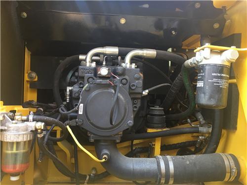 報關小松PC180LC-7二手挖掘機液壓泵