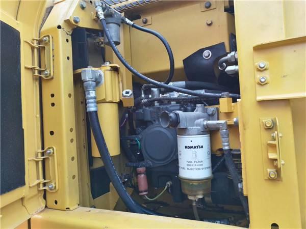進口小松120-8二手挖掘機液壓泵