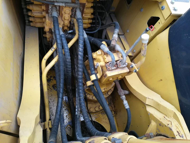 二手小松300挖掘機分配器