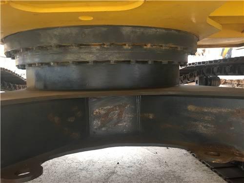 进口二手神钢260D挖掘机底盘