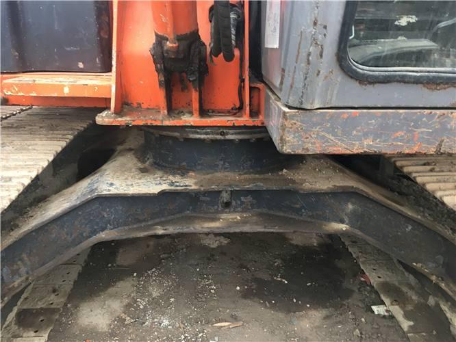 二手日立zx70挖掘機底盤