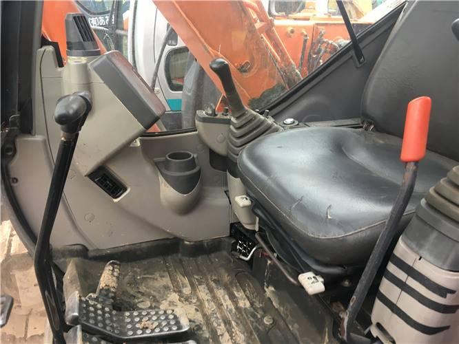 二手日立zx70挖掘機駕駛室