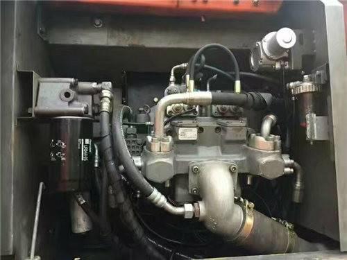日立200-3G二手挖掘機液壓泵