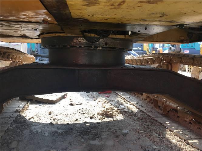 卡特307D二手挖掘機底盤