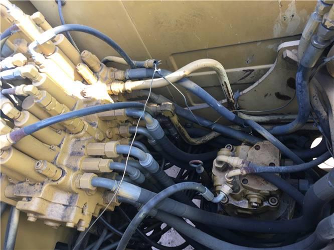 卡特307D二手挖掘機分配器