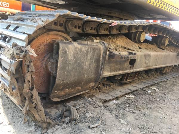 二手沃尔沃290挖掘机履带
