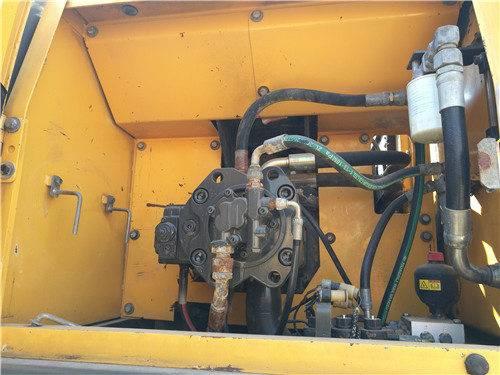 二手沃爾沃240挖掘機液壓泵