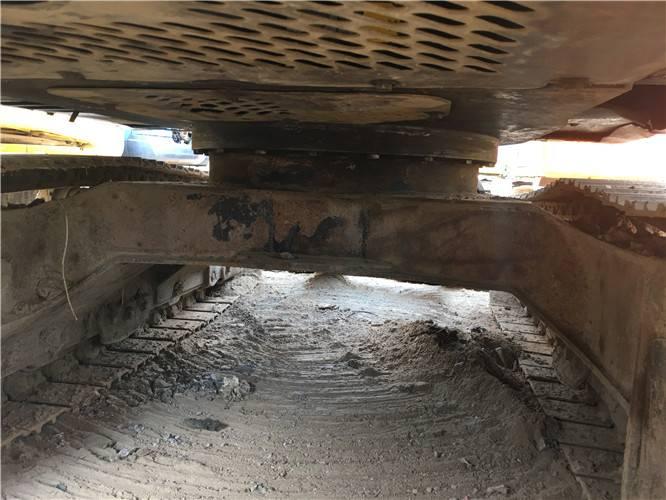 二手現代60-7挖掘機底盤