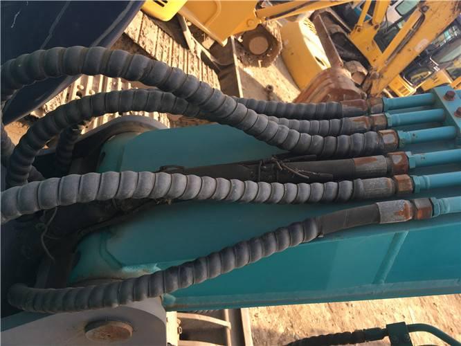 二手山河智能80E挖掘機油管