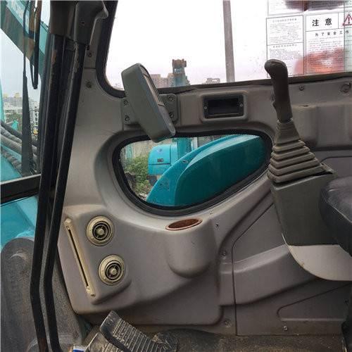 山河智能70二手挖掘機駕駛室