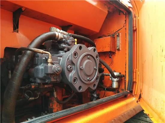 斗山215二手挖掘機液壓泵