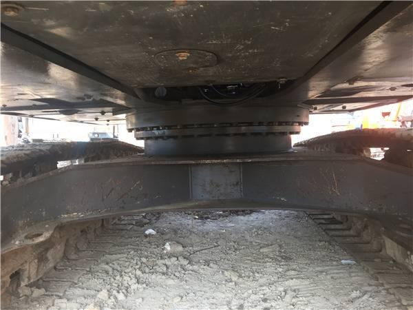 沃爾沃210二手挖掘機底盤